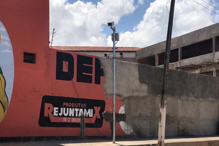 Novo redutor de velocidade é instalado em Avenida Tomás Osterne de Alencar na cidade de Crato-CE