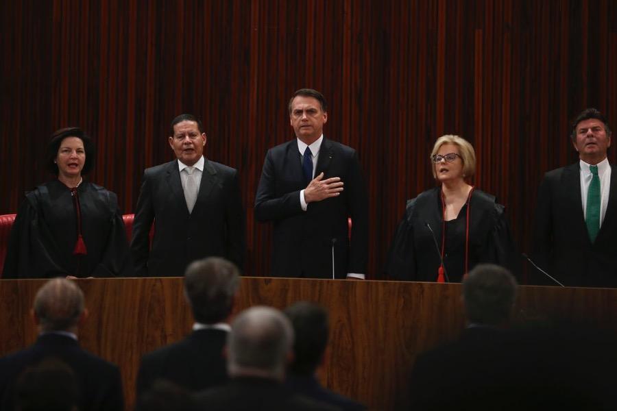 Bolsonaro afirmar que vai governar para todos e pede confiança aos brasileiros