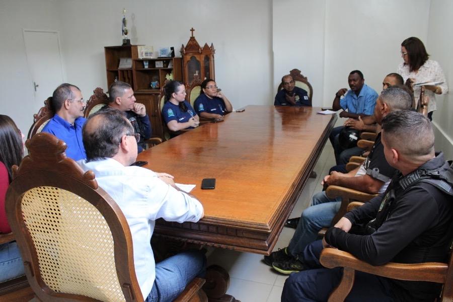 Chefe do Executivo cratense se reúne com comando da Guarda Municipal para discutir melhorias