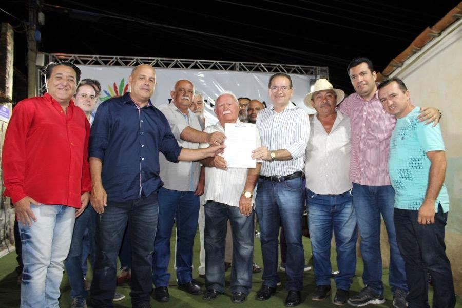 Assinada ordem de serviço de pavimentação de ruas do Distrito da Ponta da Serra