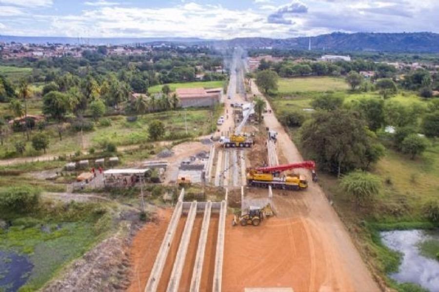 Prefeitura de Juazeiro do Norte finaliza ponte em local de macrodrenagem
