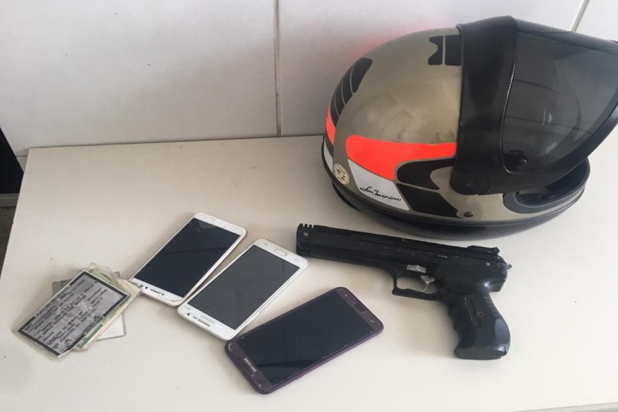 Polícia prende envolvidos em roubos de celulares e apreende simulacro de arma de fogo em juazeiro do Norte-CE