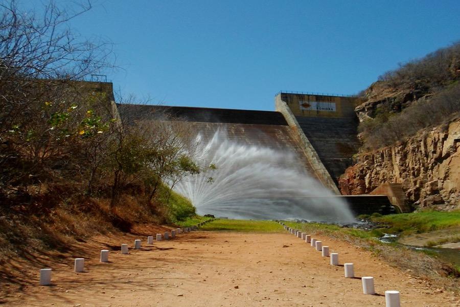 MPCE ajuíza ação contra COGERH por desperdício de recursos hídricos em Assaré