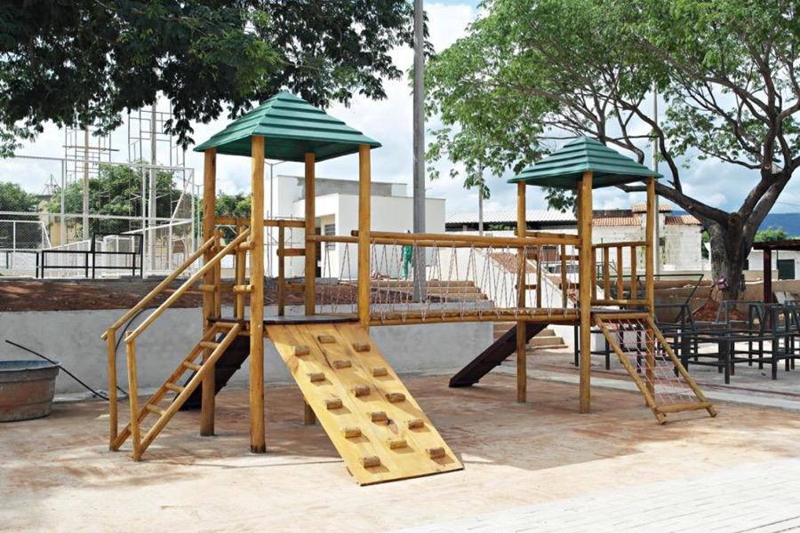 Com 90% concluída, Praça Mais Infância, no Bairro Mirandão, será inaugurada em breve