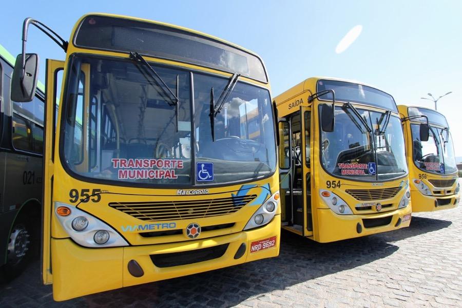 Vereadora cobra providências ao DEMUTRAN em relação às irregularidades do transporte público no bairro Jardim Gonzaga