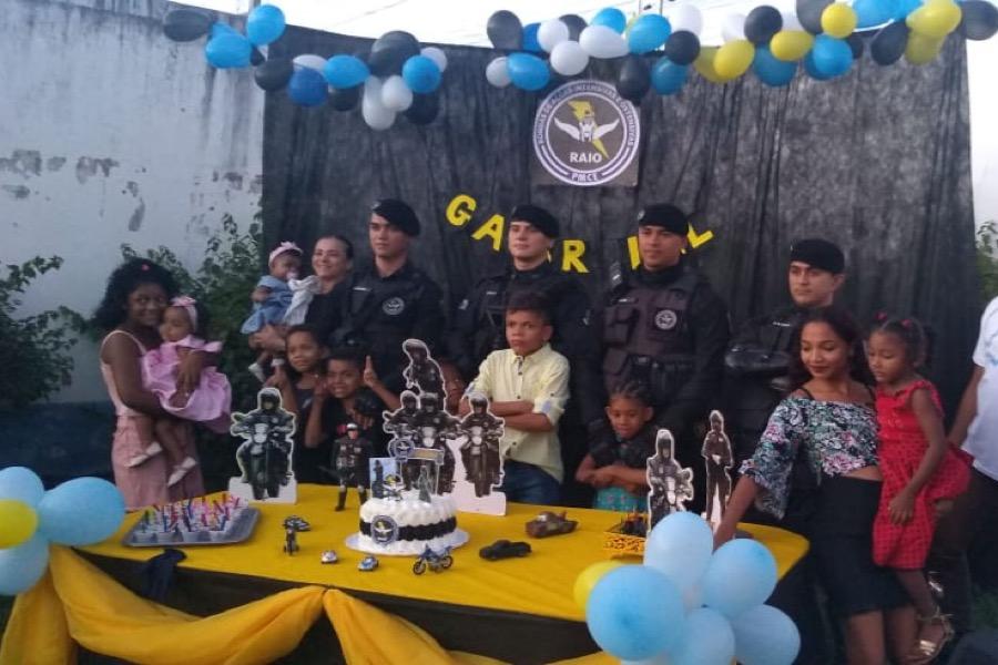 Menino de 14 anos realiza sonho e vira Policial do Raio no dia do aniversário em Juazeiro do Norte