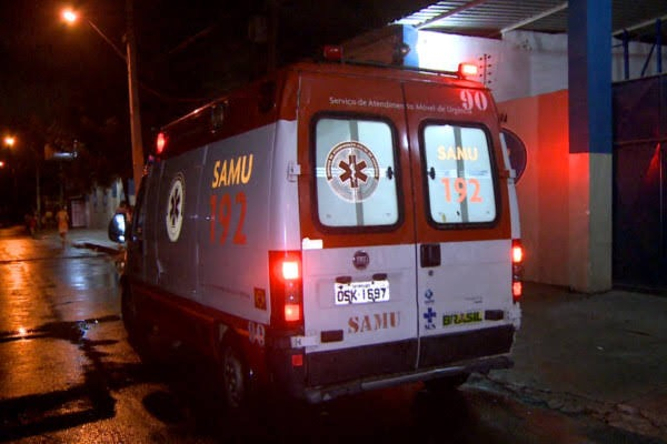 Dois menores são apreendidos com simulacro de pistola e homem é baleado em tentativa de assalto em Juazeiro do Norte-CE