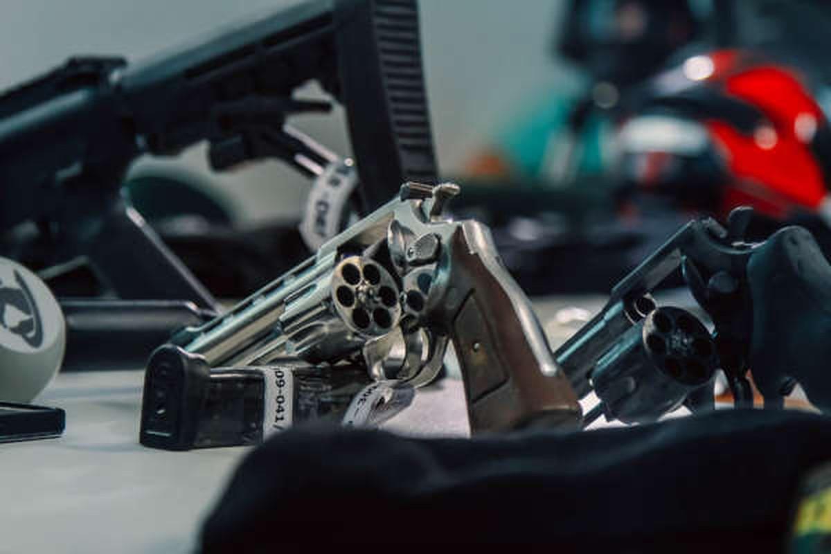 Aumento da apreensão de armas de fogo reduziu homicídios com esse tipo de arma, afirma Secretaria da Segurança — Foto: Divulgação/Governo do Ceará