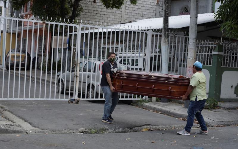 Equador é um dos países da região com mais casos confirmados e mortes por Covid-19 — Foto: Vicente Gaibor del Pino / Reuters