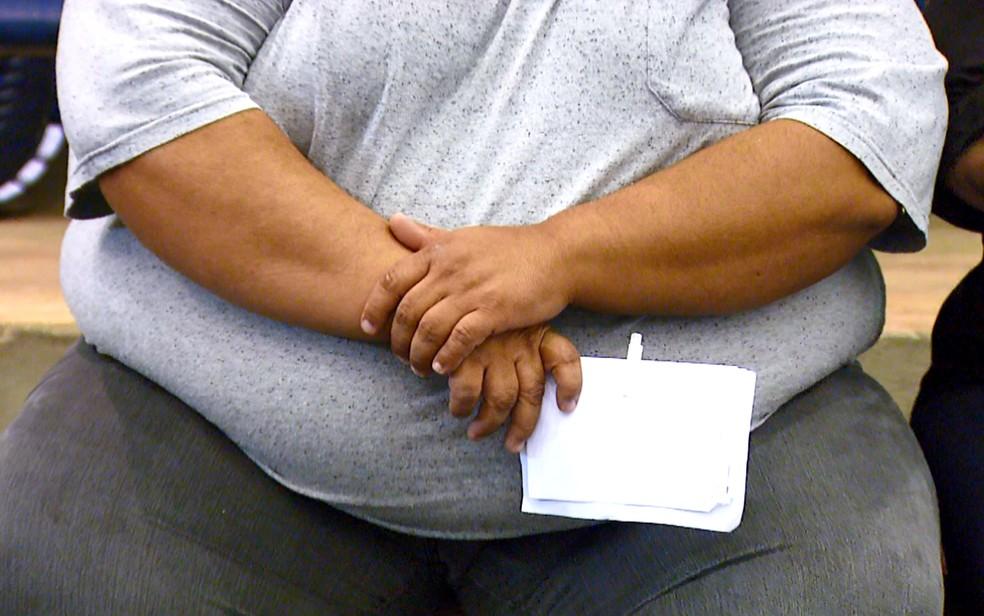 Paciente com obesidade mórbida durante cadastro no HC da Unicamp, em Campinas. — Foto: Reprodução/EPTV