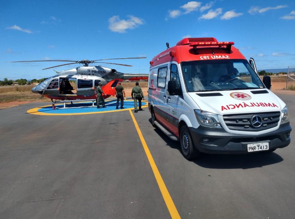 Transferência foi feita em uma aeronave da Coordenadoria Integrada de Operações Aéreas (Ciopaer). — Foto: Toni Sousa/Sistema Verdes Mares