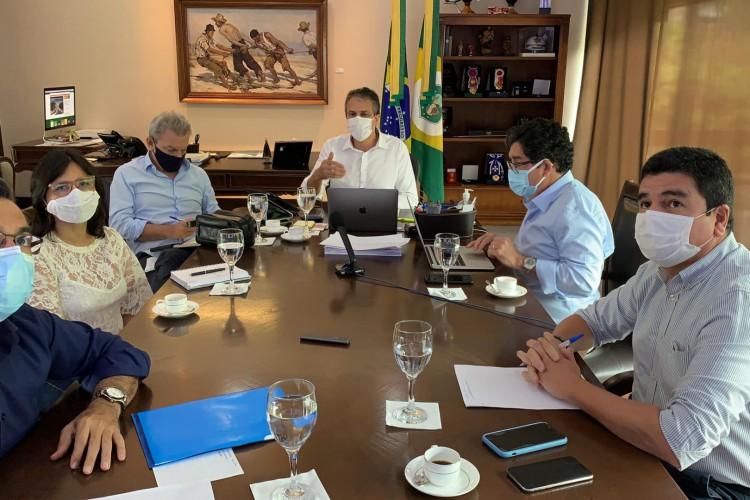 Comitê que delibera sobre medidas de enfrentamento à Covid-19 se reuniu hoje, 21. (Foto: Reprodução/Facebook)