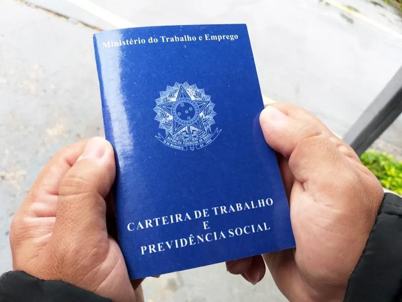 G1 Ceará preparou lista de vagas de emprego disponíveis em cidades do estado. — Foto: Heloise Hamada/G1